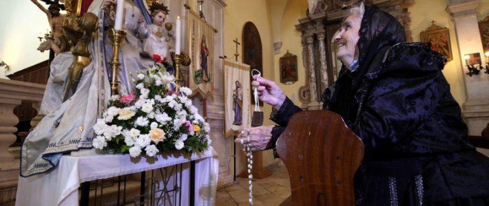 Terra Croatica – Bročko blogo: Crkva Gospe od Karmela u Nerežišća